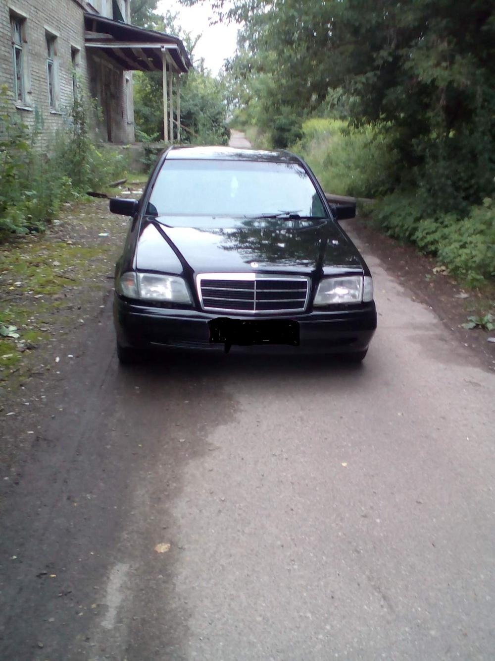 Подержанный Mercedes-Benz C-Класс, хорошее состояние, черный акрил, 1996 года выпуска, цена 170 000 руб. в Смоленской области