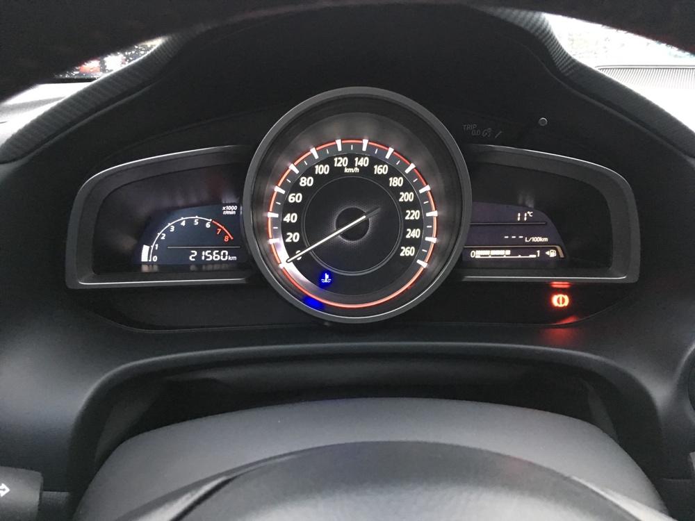 Подержанный Mazda 3, отличное состояние, коричневый металлик, 2014 года выпуска, цена 800 000 руб. в республике Татарстане