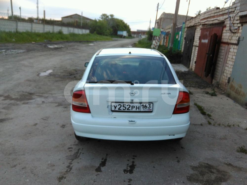 Подержанный Opel Astra, хорошее состояние, белый , 2000 года выпуска, цена 120 000 руб. в Самаре