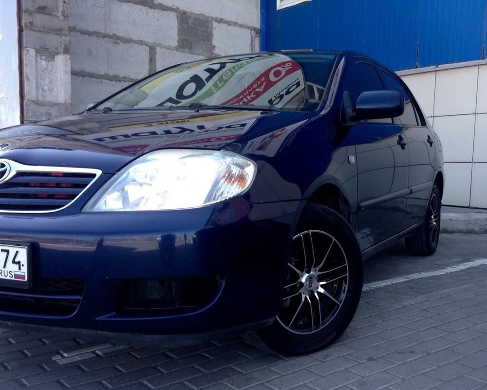 Подержанный Toyota Corolla, отличное состояние, синий , 2005 года выпуска, цена 395 000 руб. в Челябинской области