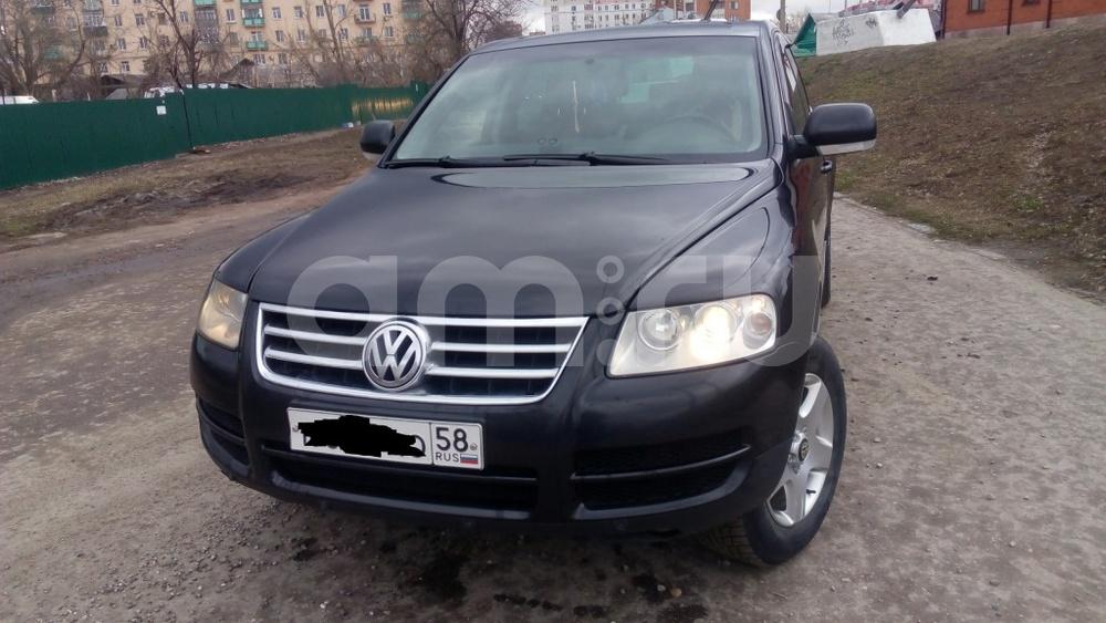 Подержанный Volkswagen Touareg, отличное состояние, черный , 2005 года выпуска, цена 600 000 руб. в Пензе