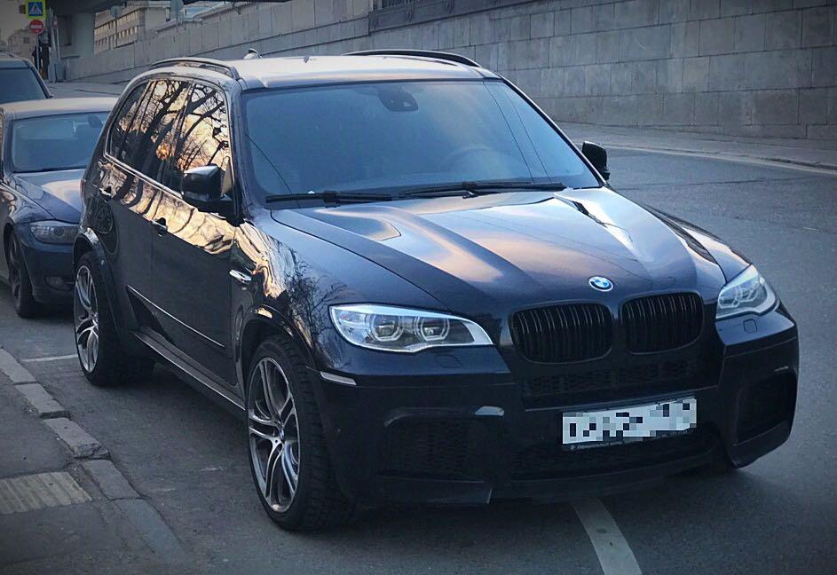 Подержанный BMW X5 M, отличное состояние, синий , 2013 года выпуска, цена 2 700 000 руб. в Москве