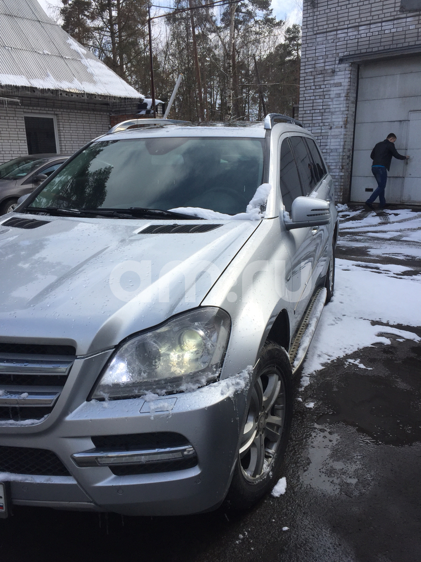 Подержанный Mercedes-Benz GL-Класс, хорошее состояние, серебряный , 2010 года выпуска, цена 1 425 000 руб. в Санкт-Петербурге