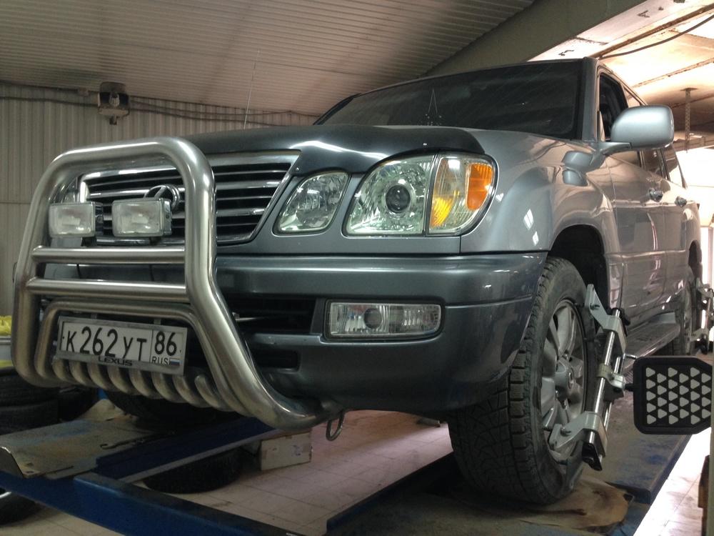 Подержанный Lexus LX, отличное состояние, голубой металлик, 2004 года выпуска, цена 1 170 000 руб. в ао. Ханты-Мансийском Автономном округе - Югре