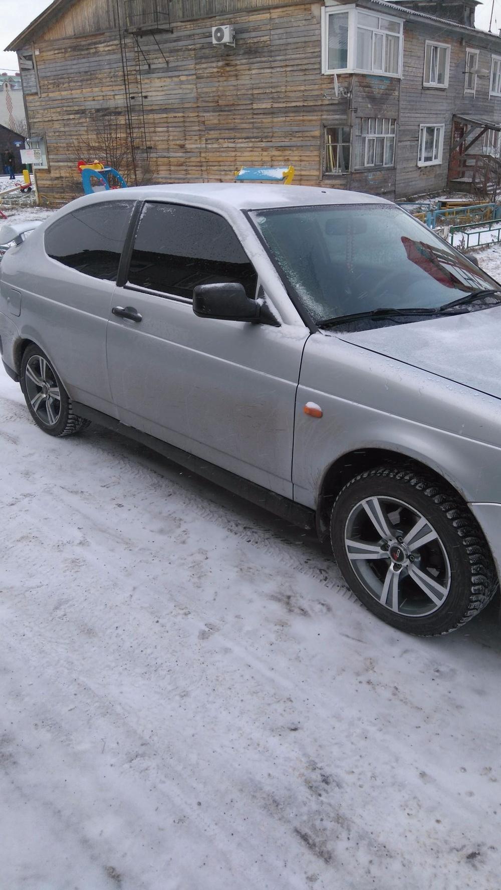 Подержанный ВАЗ (Lada) Priora, отличное состояние, серебряный , 2002 года выпуска, цена 260 000 руб. в ао. Ханты-Мансийском Автономном округе - Югре