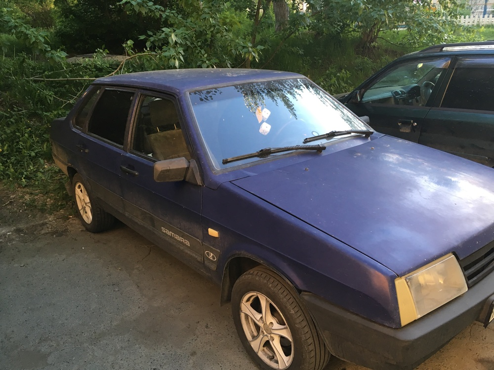 Подержанный ВАЗ (Lada) 2109, хорошее состояние, синий , 1998 года выпуска, цена 50 000 руб. в Челябинской области