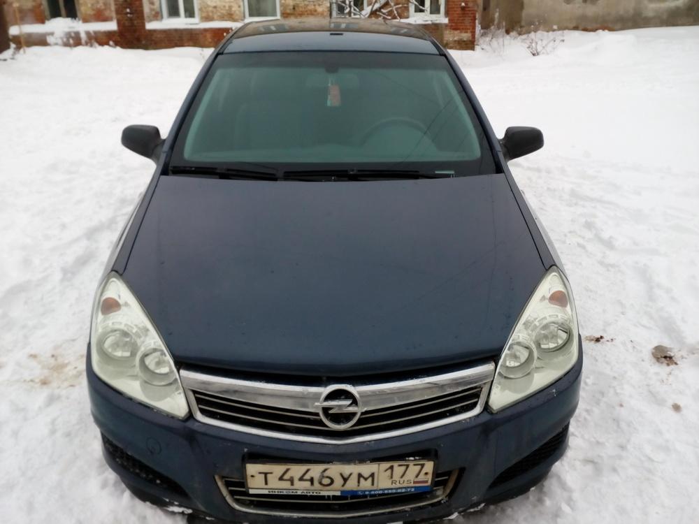 Подержанный Opel Astra, хорошее состояние, серый , 2007 года выпуска, цена 290 000 руб. в Тверской области