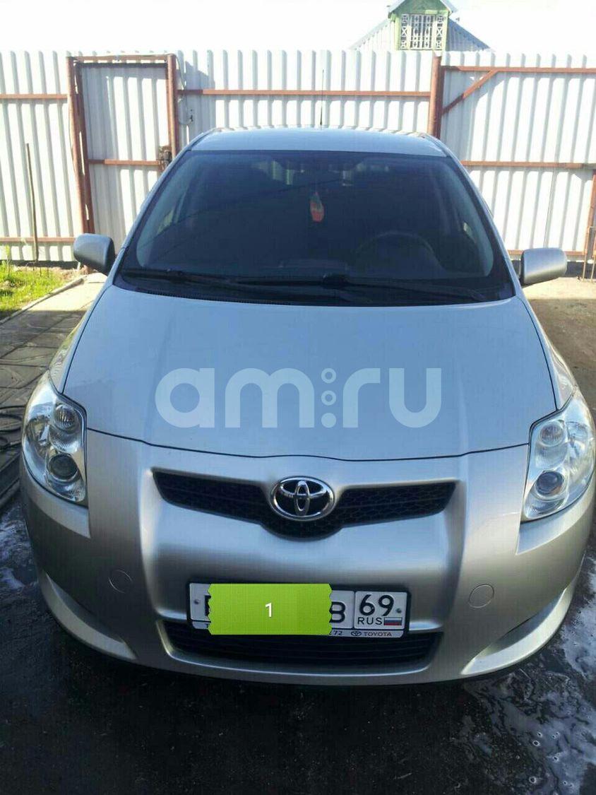 Подержанный Toyota Auris, отличное состояние, серебряный , 2008 года выпуска, цена 400 000 руб. в Тверской области
