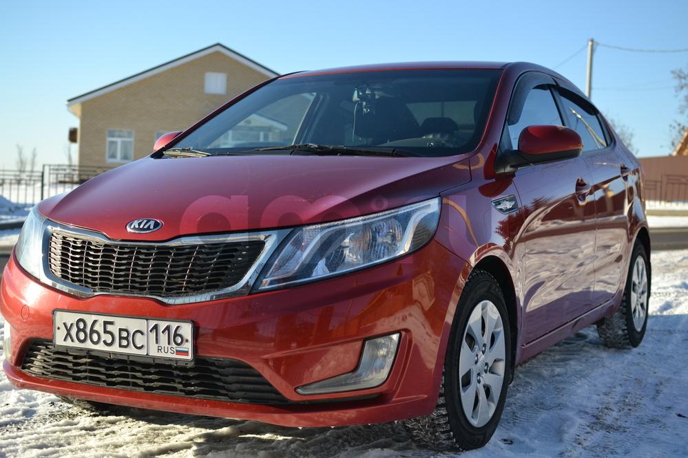 Подержанный Kia Rio, отличное состояние, красный , 2013 года выпуска, цена 440 000 руб. в республике Татарстане