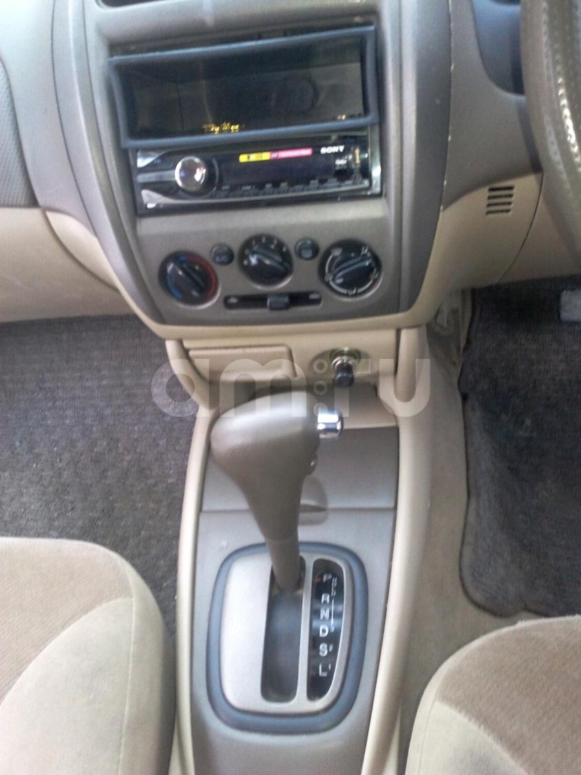Подержанный Mazda Familia, отличное состояние, белый , 2000 года выпуска, цена 144 000 руб. в Челябинской области