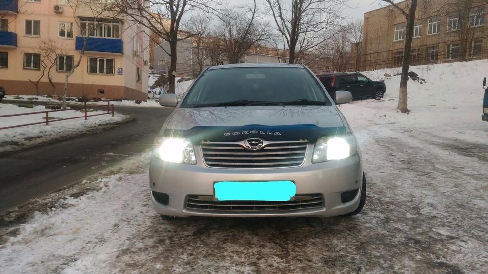 Подержанный Toyota Corolla, хорошее состояние, серебряный , 2006 года выпуска, цена 385 000 руб. в Владивостоке