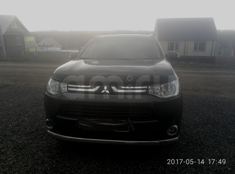Подержанный Mitsubishi Outlander, хорошее состояние, мокрый асфальт металлик, 2013 года выпуска, цена 1 050 000 руб. в Екатеринбурге