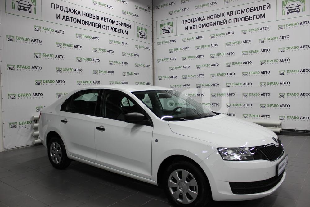 Skoda Rapid с пробегом, белый , отличное состояние, 2017 года выпуска, цена 608 000 руб. в автосалоне Браво Авто (Уфа, проезд Базисный, д. 2Д)