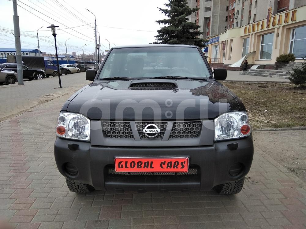 Nissan NP300 с пробегом, черный металлик, отличное состояние, 2011 года выпуска, цена 799 000 руб. в автосалоне Global Cars (Нижний Новгород, б-р Мещерский, д. 3/1)