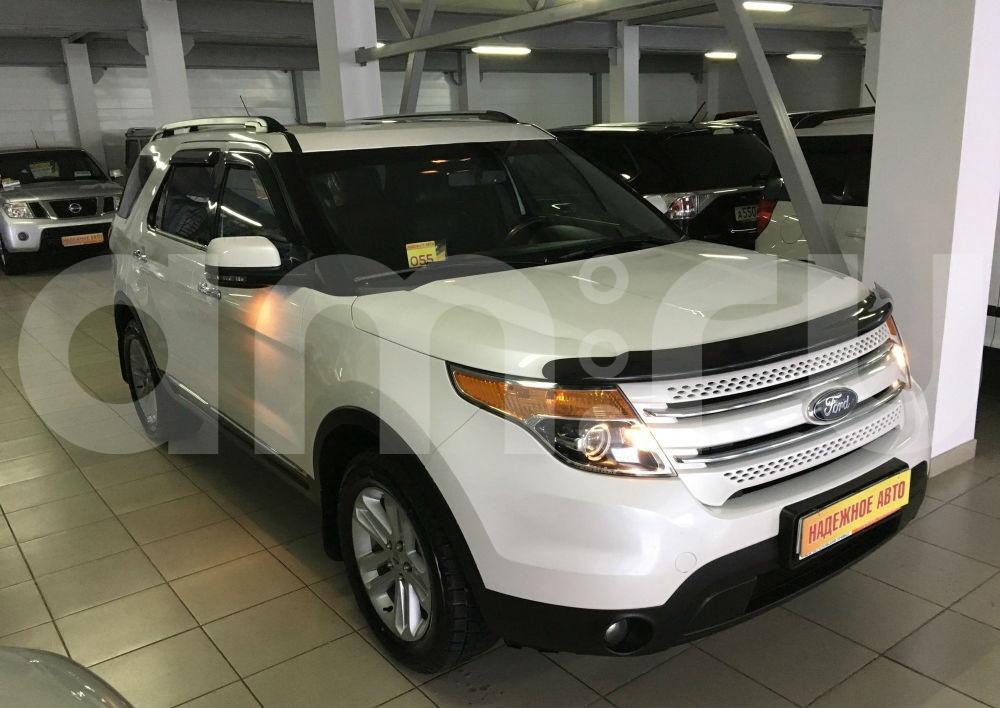 Ford Explorer с пробегом, белый , отличное состояние, 2012 года выпуска, цена 1 350 000 руб. в автосалоне  ()
