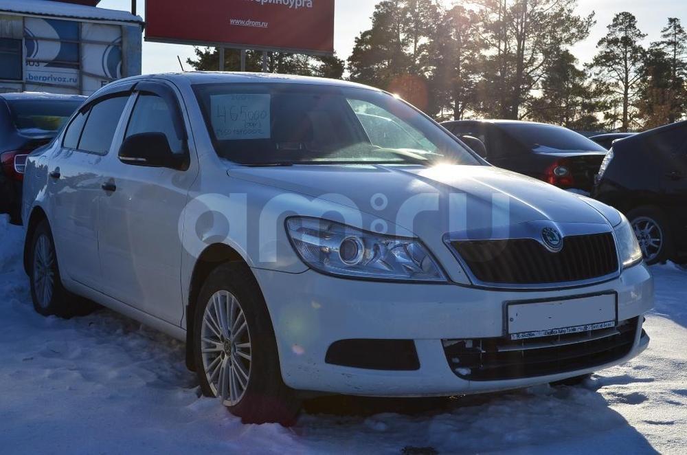 Skoda Octavia с пробегом, белый , отличное состояние, 2012 года выпуска, цена 445 000 руб. в автосалоне  ()