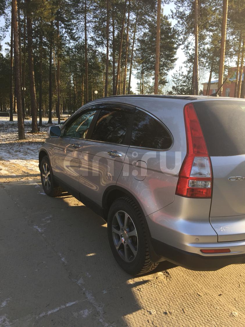 Подержанный Honda CR-V, отличное состояние, серебряный , 2012 года выпуска, цена 1 100 000 руб. в ао. Ханты-Мансийском Автономном округе - Югре