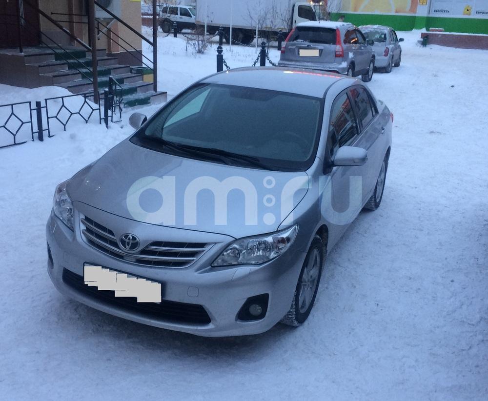 Подержанный Toyota Corolla, отличное состояние, серебряный , 2013 года выпуска, цена 820 000 руб. в ао. Ханты-Мансийском Автономном округе - Югре