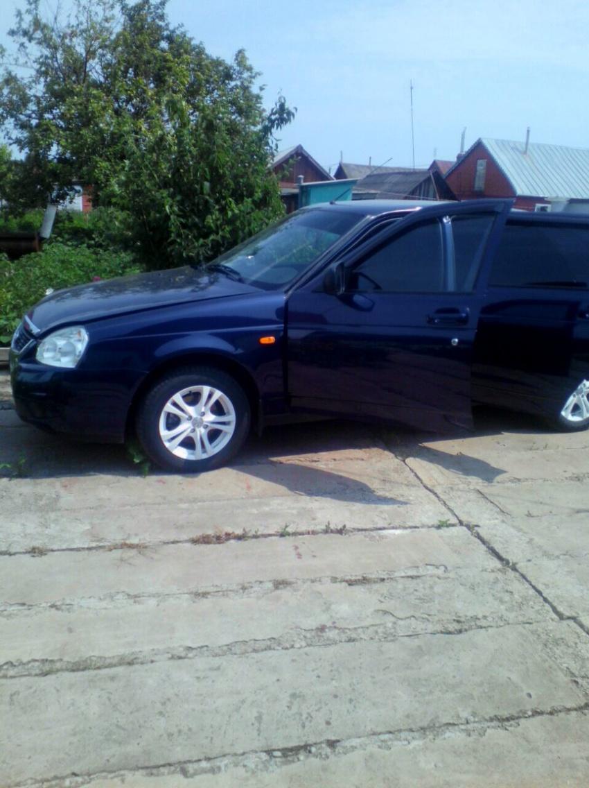 Подержанный ВАЗ (Lada) Priora, отличное состояние, синий , 2015 года выпуска, цена 410 000 руб. в республике Татарстане