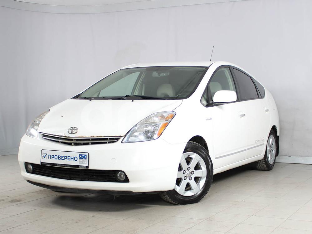 Toyota Prius с пробегом, белый , отличное состояние, 2008 года выпуска, цена 399 000 руб. в автосалоне РОЛЬФ Лахта Blue Fish (Санкт-Петербург, ул. Савушкина, д. 103)