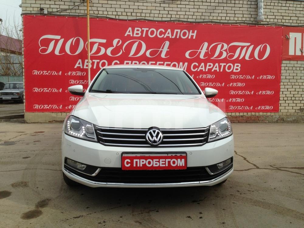 Volkswagen Passat с пробегом, белый , отличное состояние, 2014 года выпуска, цена 770 000 руб. в автосалоне Победа-Авто (Саратов, ул. Чапаева, д. 173)