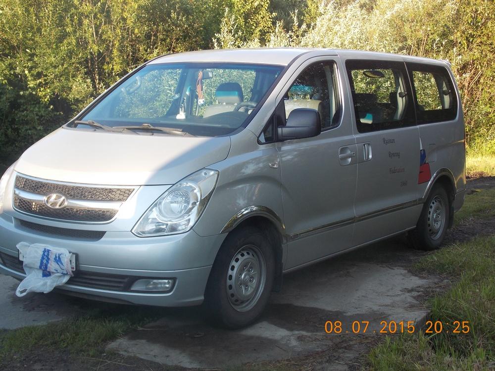 Подержанный Hyundai H-1, хорошее состояние, серебряный , 2008 года выпуска, цена 700 000 руб. в Костромской области