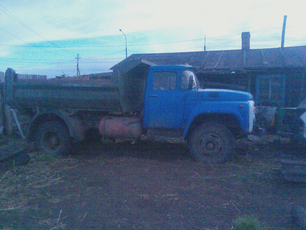 Подержанный ЗИЛ 130, хорошее состояние, голубой , 1993 года выпуска, цена 170 000 руб. в Иркутской области
