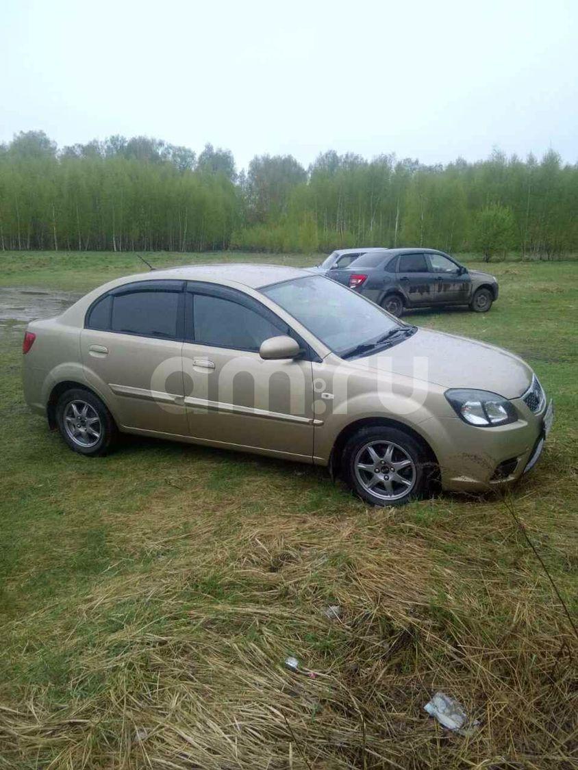 Подержанный Kia Rio, хорошее состояние, сафари , 2010 года выпуска, цена 330 000 руб. в Нижнем Новгороде
