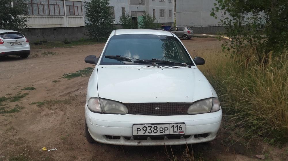 Подержанный Kia Avella, среднее состояние, белый , 1998 года выпуска, цена 90 000 руб. в республике Татарстане