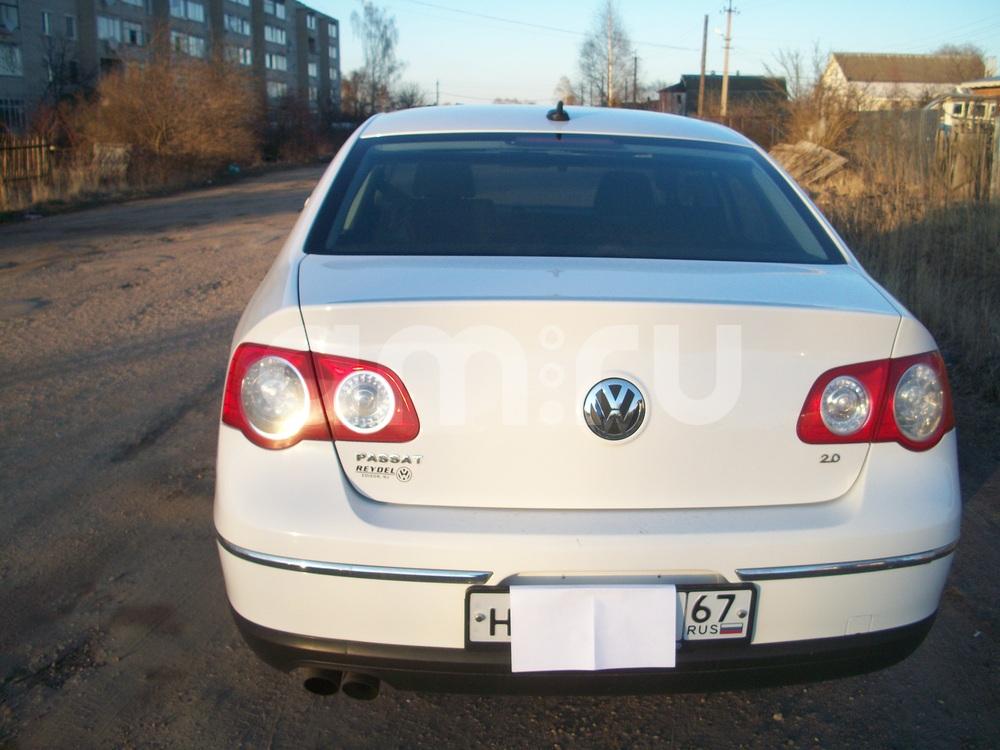 Подержанный Volkswagen Passat, хорошее состояние, белый , 2007 года выпуска, цена 545 000 руб. в Смоленской области