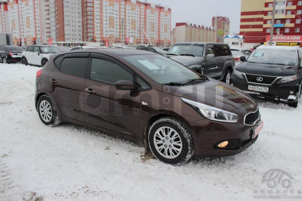 Kia Cee'd с пробегом, коричневый , отличное состояние, 2013 года выпуска, цена 595 000 руб. в автосалоне  ()