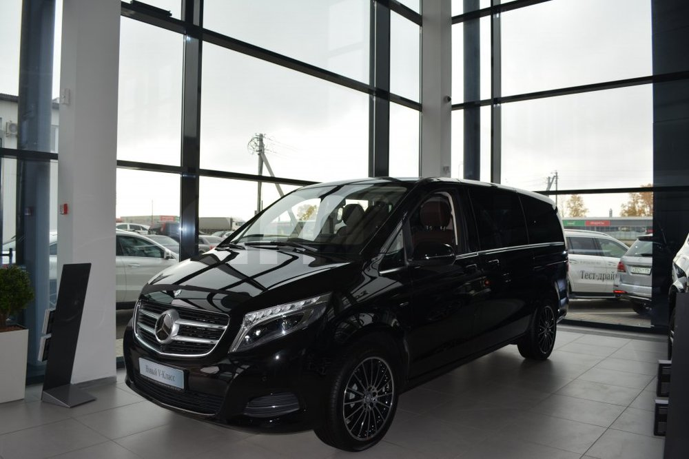 Новый авто Mercedes-Benz V-Класс, черный металлик, 2016 года выпуска, цена 6 056 962 руб. в автосалоне МБ-Орловка (Набережные Челны, тракт Мензелинский, д. 24)