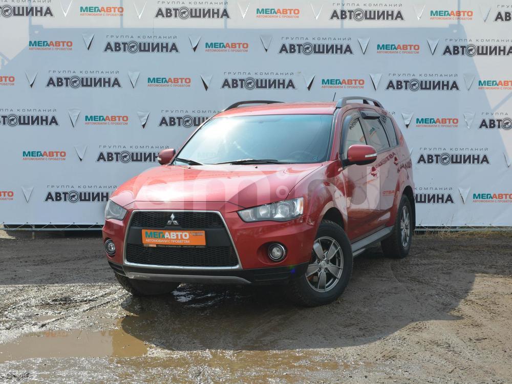 Mitsubishi Outlander с пробегом, красный , отличное состояние, 2011 года выпуска, цена 797 000 руб. в автосалоне Мега Авто Калуга (Калуга, ул. Зерновая, д. 28)