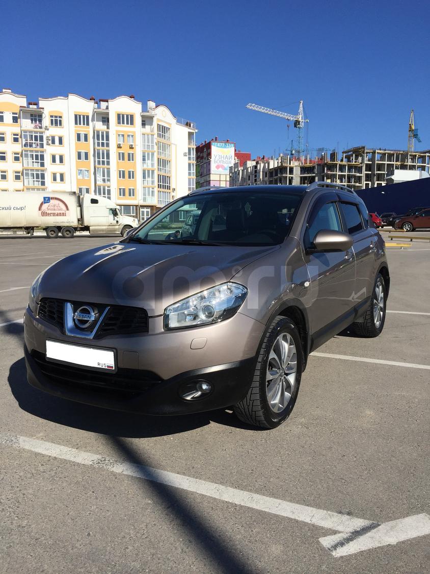 Подержанный Nissan Qashqai, отличное состояние, коричневый , 2010 года выпуска, цена 720 000 руб. в Крыму