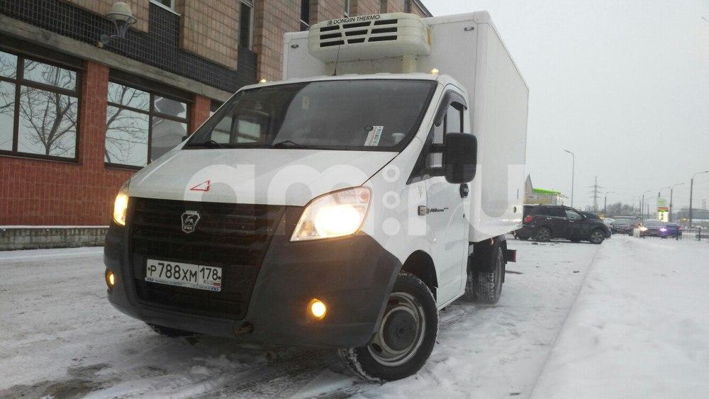 Подержанный ГАЗ Next, отличное состояние, белый , 2014 года выпуска, цена 999 000 руб. в Санкт-Петербурге