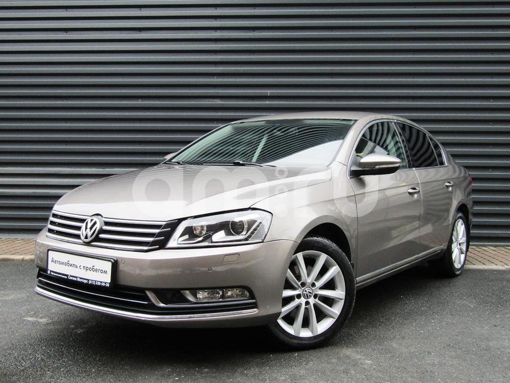 Volkswagen Passat с пробегом, сафари металлик, отличное состояние, 2011 года выпуска, цена 708 300 руб. в автосалоне  ()