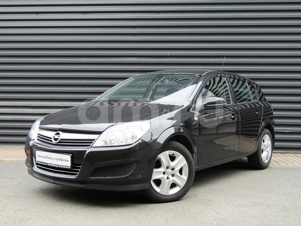 Opel Astra с пробегом, черный металлик, отличное состояние, 2012 года выпуска, цена 423 100 руб. в автосалоне  ()