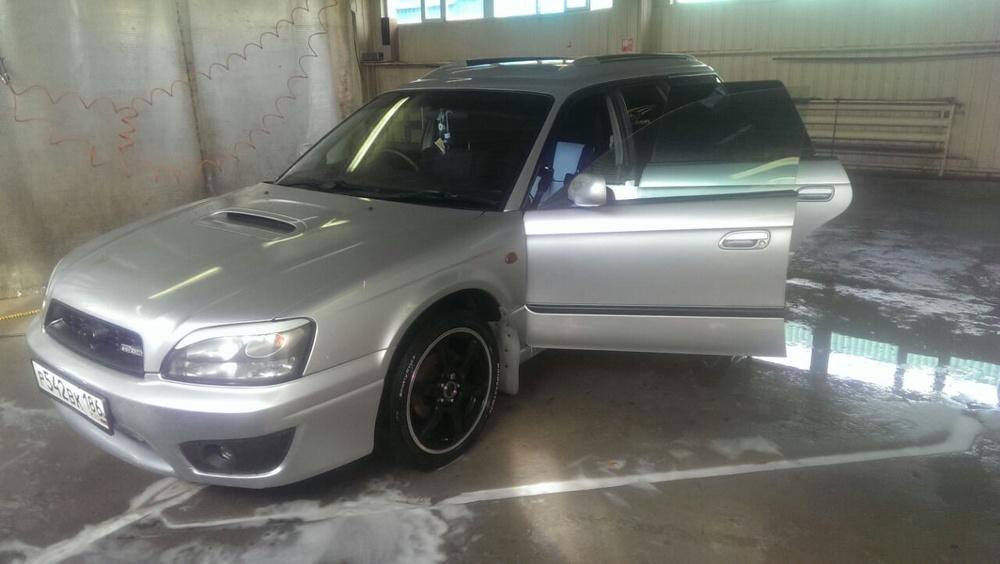 Подержанный Subaru Legacy, отличное состояние, серебряный металлик, 2002 года выпуска, цена 330 000 руб. в ао. Ханты-Мансийском Автономном округе - Югре