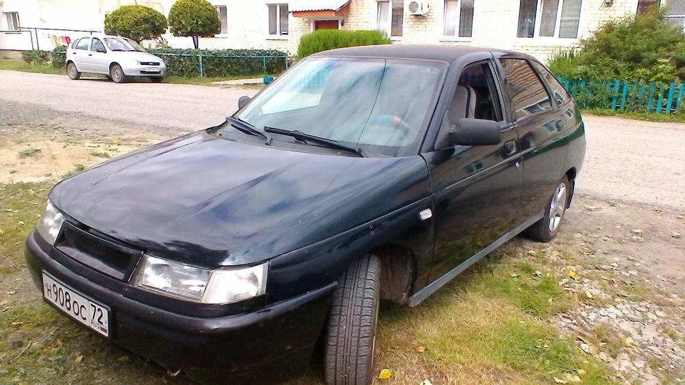 Подержанный ВАЗ (Lada) 2112, хорошее состояние, черный , 2005 года выпуска, цена 90 000 руб. в Тюмени