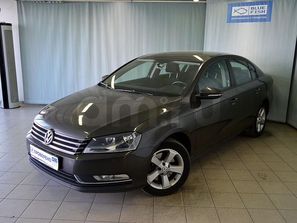Volkswagen Passat с пробегом, коричневый , отличное состояние, 2012 года выпуска, цена 655 000 руб. в автосалоне РОЛЬФ Витебский Blue Fish (Санкт-Петербург, пр-кт Витебский, д. 17, корп. 6)