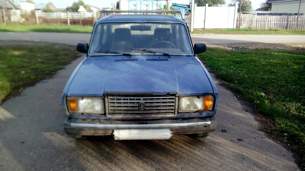 Подержанный ВАЗ (Lada) 2107, среднее состояние, синий , 2002 года выпуска, цена 18 000 руб. в республике Татарстане