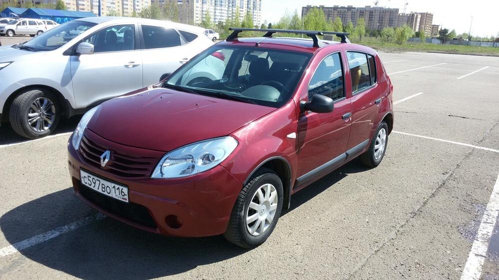 Подержанный Renault Sandero, хорошее состояние, бордовый , 2012 года выпуска, цена 350 000 руб. в республике Татарстане
