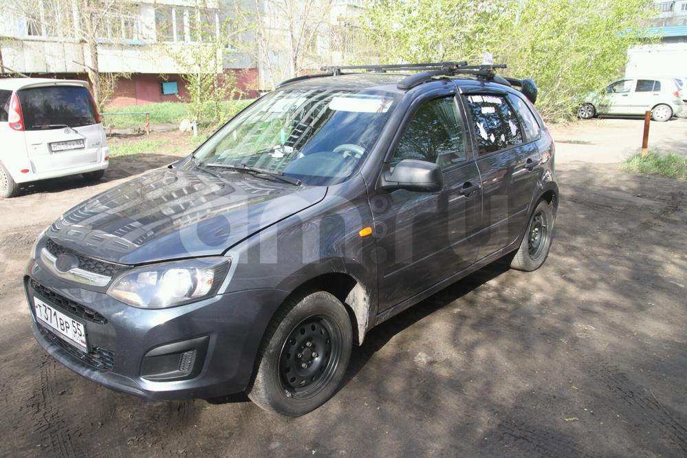 Подержанный ВАЗ (Lada) Kalina, отличное состояние, серый , 2014 года выпуска, цена 310 000 руб. в Омске
