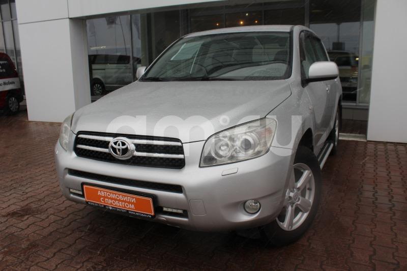 Toyota RAV4 с пробегом, серебряный , отличное состояние, 2007 года выпуска, цена 619 000 руб. в автосалоне  ()