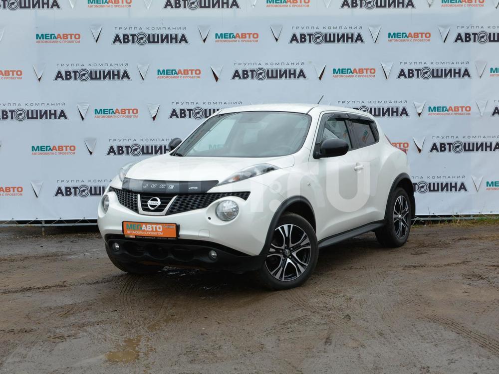 Nissan Juke с пробегом, белый перламутр, отличное состояние, 2013 года выпуска, цена 628 000 руб. в автосалоне Мега Авто Калуга (Калуга, ул. Зерновая, д. 28)