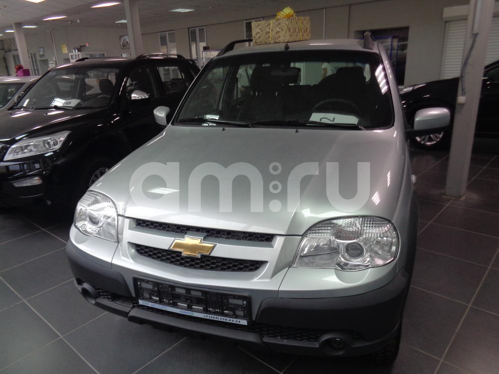 Chevrolet Niva с пробегом, серебряный , отличное состояние, 2016 года выпуска, цена 614 000 руб. в автосалоне УФА МОТОРС (Уфа, ул. Сарапульская, д. 35)