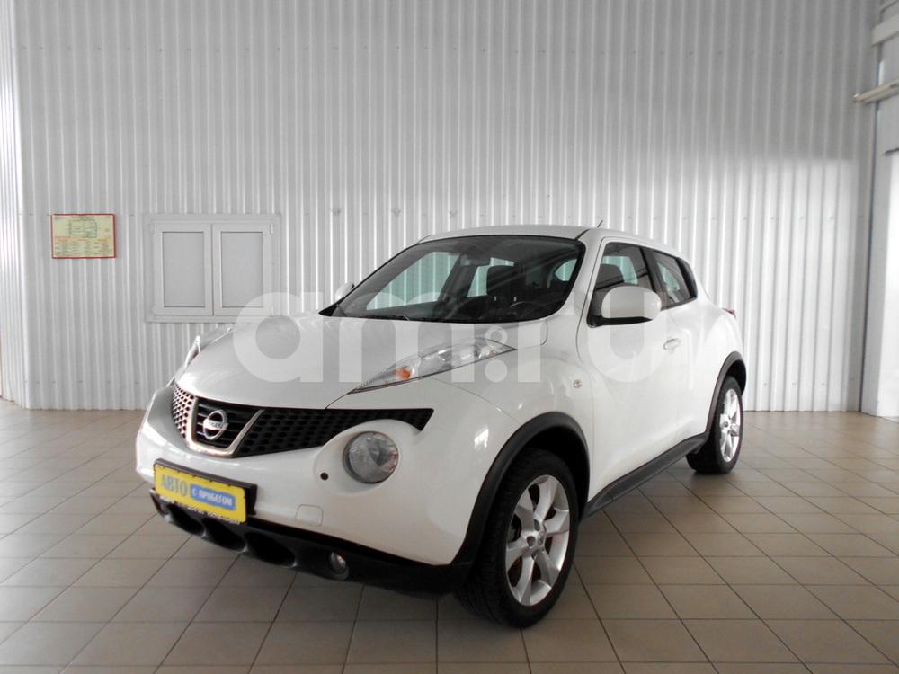 Nissan Juke с пробегом, белый перламутр, отличное состояние, 2011 года выпуска, цена 630 000 руб. в автосалоне  ()