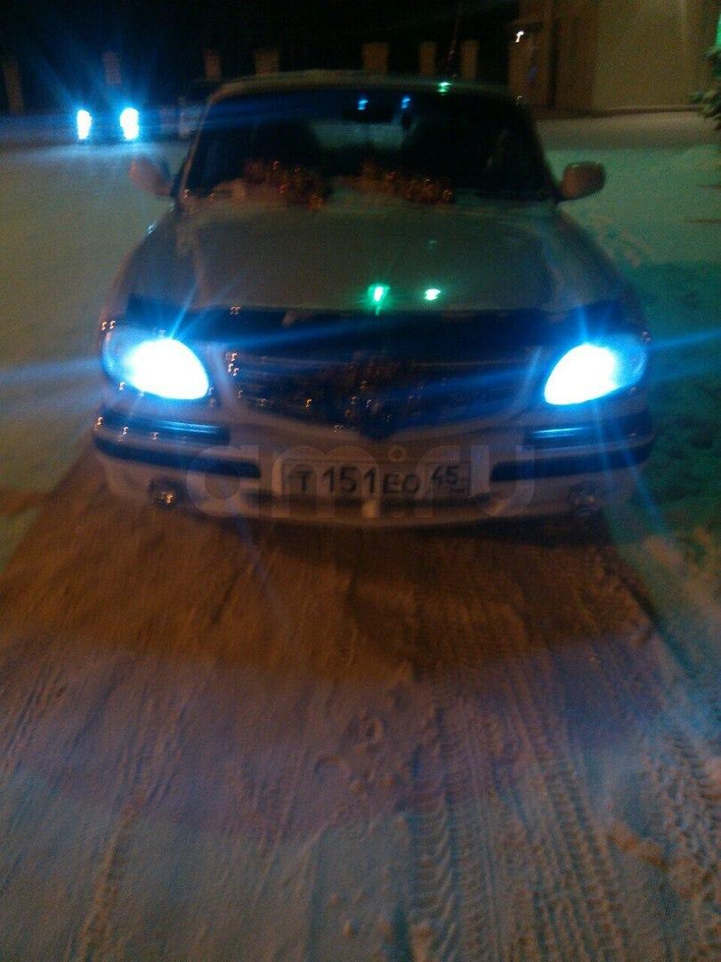 Подержанный ГАЗ 31105 Волга, среднее состояние, белый , 2004 года выпуска, цена 57 000 руб. в Челябинской области