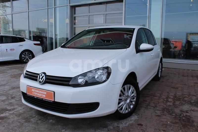 Volkswagen Golf с пробегом, белый , отличное состояние, 2012 года выпуска, цена 479 000 руб. в автосалоне  ()