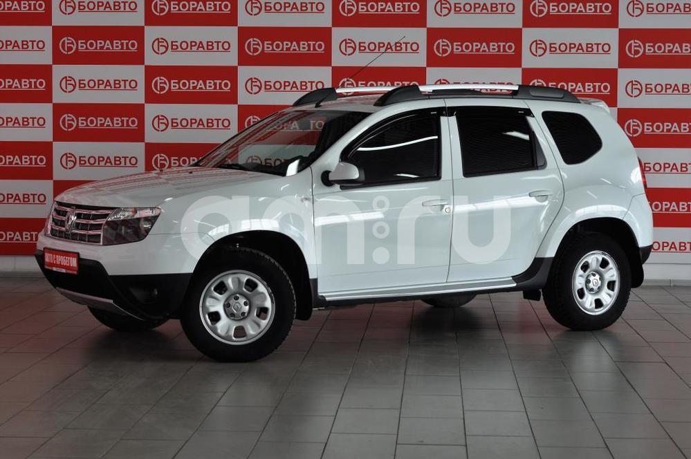 Renault Duster с пробегом, белый , отличное состояние, 2013 года выпуска, цена 615 000 руб. в автосалоне  ()
